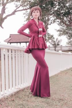 Gabrielle Kebaya Modern (Wine Red)